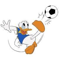 disegno di Paperino e il Calcio a colori