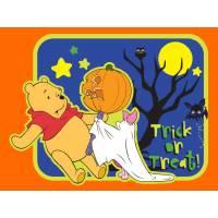 Disegno di Winnie Pooh Halloween a colori