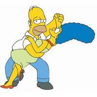 disegno di Homer e Marge Simpson a colori