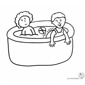 Disegno di bambini in piscina da colorare per bambini for Piscina gonfiabile online