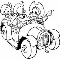 Disegno di Qui Quo Qua e Paperino in Auto da colorare